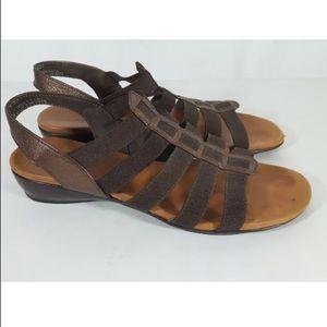 Munro sandals gladiator slingbacks peep toe 6.5